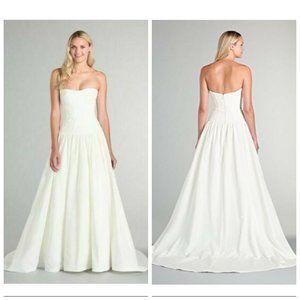 🆕Nicole Miller Sweetheart Neck Ball Gown Wedding